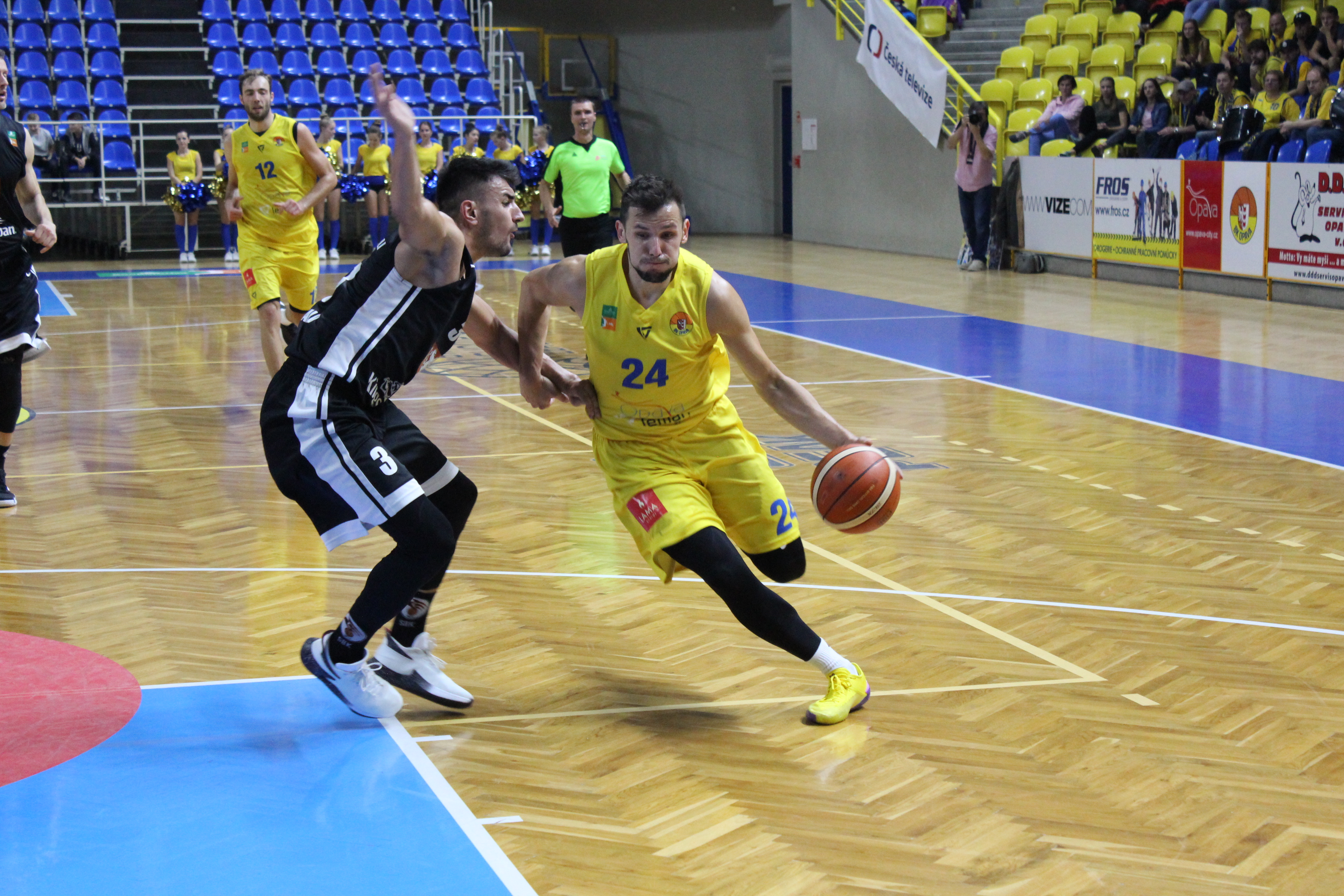 Opava s 19 trojkami do Final Four!